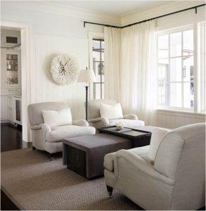 Alfombra de sisal en Salón en tonos blancos