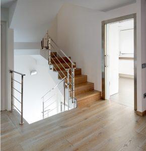 Instalar suelo flotante en escaleras