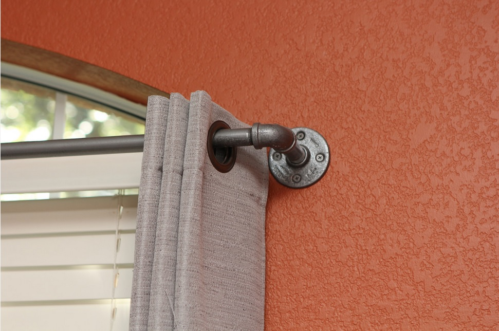 Colgar cortinas en barra aunque no te lo creas est de - Barras de cortinas de forja ...