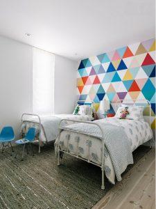 Alfombra de fibra natural en dormitorio infantil