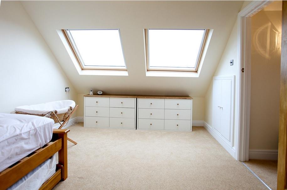 C mo elegir cortinas o estores para ventanas dif ciles entrecolores - Cortinas para ventanas abuhardilladas ...