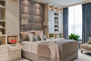 Cojines de varios tamaños para dormitorio