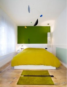 Alfombra moderna para dormitorio estrecho