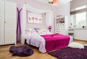 Dosel moderno en cabecero de habitación juvenil