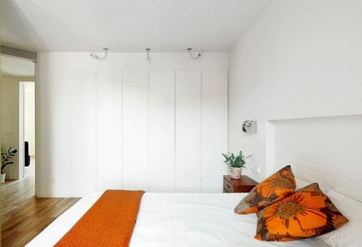 Puertas de armario empotrado lacadas en blanco