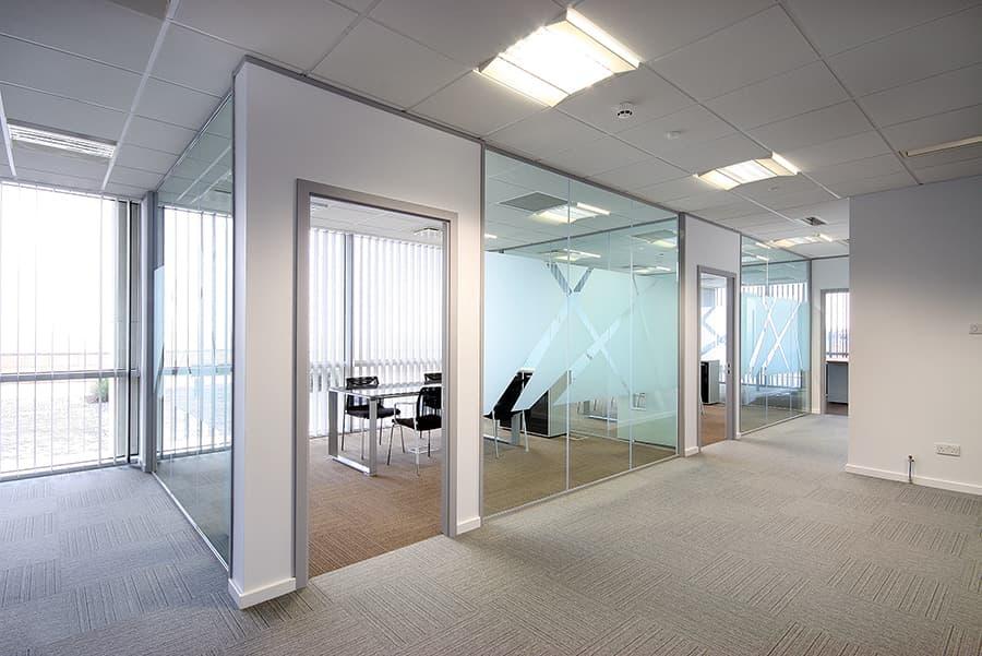 Moqueta oficina combinada